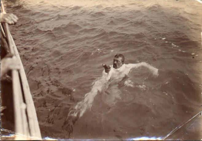 Channel swimmer Stearne feeding during swim.