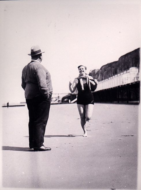 Sunny Lowry and Jabez Wolffe exercising on beach