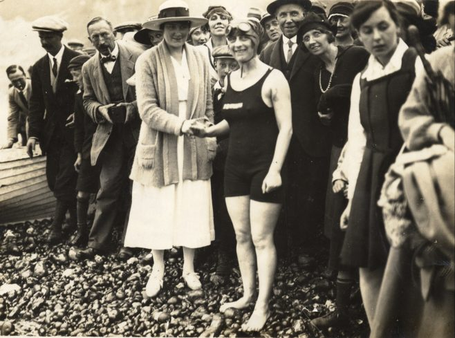 Mrs Willing on the shore. Swimmer Mrs Arthur Hamilton