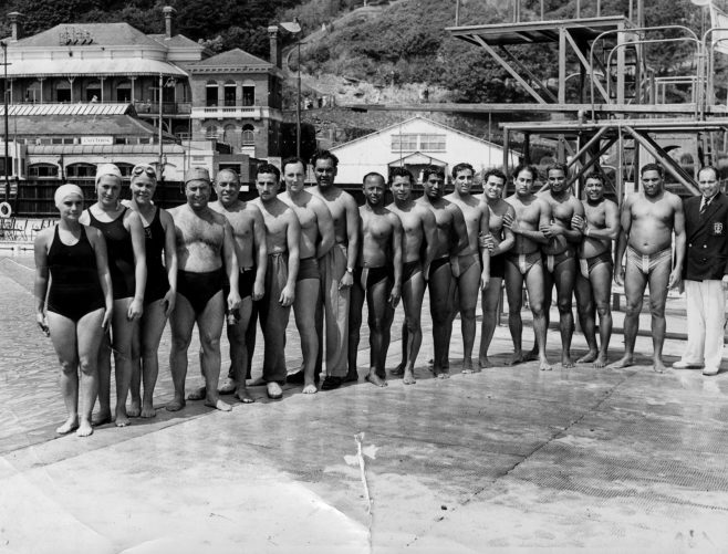 Swimmers for the 1951 Daily Mail Race.