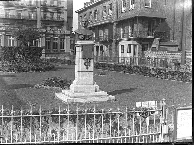 Captain Webb Memorial, Clarence Lawn, Dover.